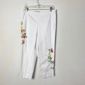 Melissa Paige womens white floral embroidered pant